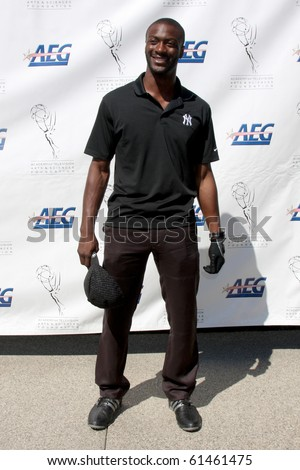 LOS ANGELES - SEP 20:  Aldis Hodge arrives at the ATAS Golf Tournament 2010 at Private Golf Club on September 20, 2010 in Toluca Lake, CA