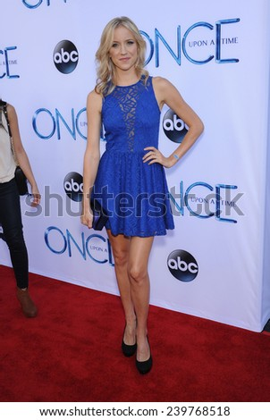 "LOS ANGELES - SEP 21:  Jessy Schram arrives to the ""Once Upon A Time"" Season Premiere on September 21, 2014 in Hollywood, CA"