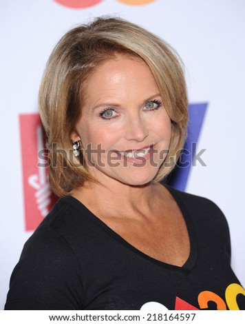 LOS ANGELES - SEP 05:  Katie Couric arrives to the Stand Up To Cancer 2014  on September 05, 2014 in Hollywood, CA