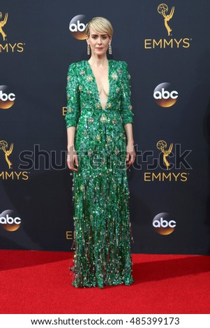 LOS ANGELES - SEP 18:  Sarah Paulson at the 2016 Primetime Emmy Awards - Arrivals at the Microsoft Theater on September 18, 2016 in Los Angeles, CA