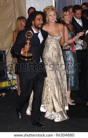 Naveen Andrews Wife Lost stars naveen andrews &amp