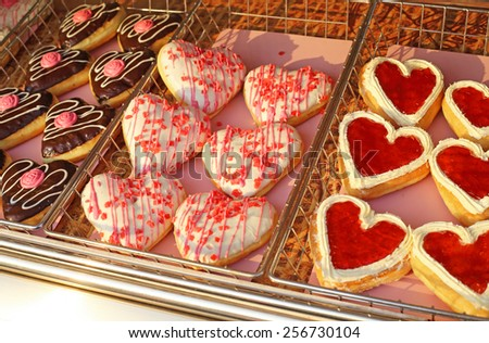 lots of heart donuts in roll