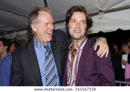 Loudon Wainwright, Rufus Wainwright at ELIZABETHTOWN Premiere, Loews Lincoln Square Theater, New York, NY, October 10, 2005
