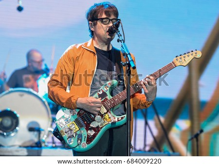 Rivers Cuomo 2017