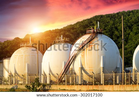 LPG gas industrial storage sphere tanks , Natural gas tanks , Oil tank , LPG , Petrochemical plant , Petroleum - stock photo
