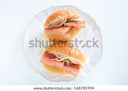 luncheon meat sandwich