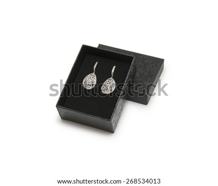 Luxury earrings in box