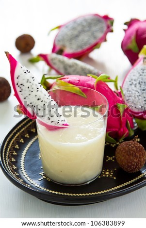 Lychee ,Dragon fruit and Pineapple smoothie