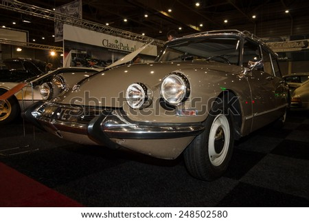MAASTRICHT, NETHERLANDS - JANUARY 08, 2015: Mid-size luxury car Citroen DS21 Break. International Exhibition InterClassics & Topmobiel 2015