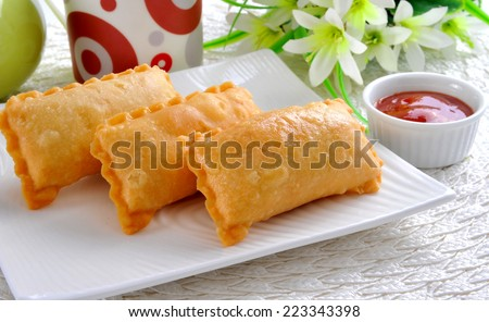 Macroni Samosa-2 - stock photo