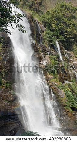 mae ya waterfall in doi inthanon natiopnal park