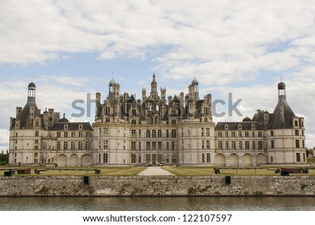 Main facade of the castle of chambord