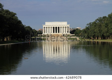 Majestic Lincoln Memorial and the Reflecting Pond in Washington, DC in the morning