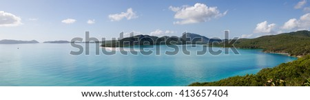 Majestic panorama of the beaches and azure pacific in the Whitsunday Islands