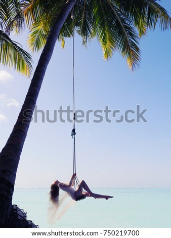 View In Swinging Womans