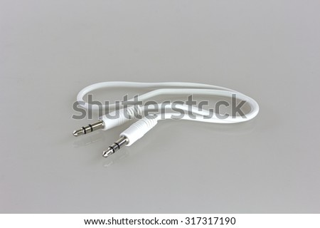 male to male stereo audio cable