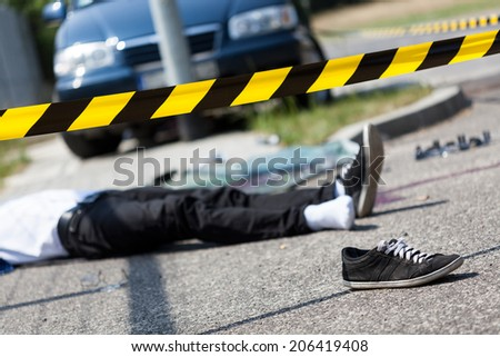 Male victim of a car accident, horizontal - stock photo