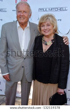 "MALIBU, CA - AUGUST 05: Dick Van Patten and wife Pat at ""Bow Wow Ciao"" to Benefit Much Love Animal Rescue on August 05, 2006 at John Paul and Eloise Dejoria Estate in Malibu, CA. - stock photo"