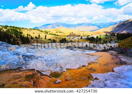Mammoth Hot Springs, Yellowstone National Park,Wyoming