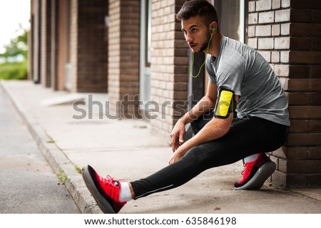 crouching stock images royaltyfree images  vectors