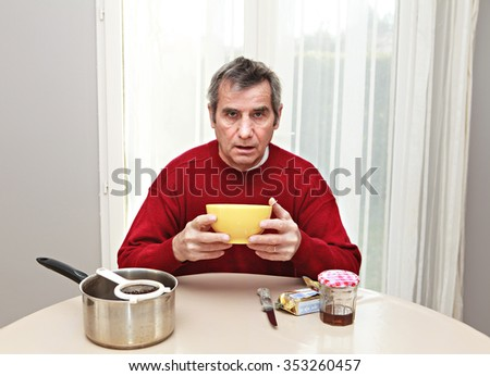 man taking a breakfast