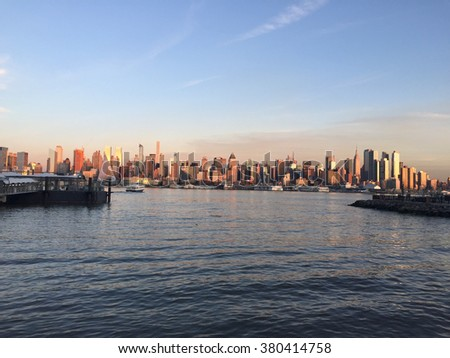 MANHATTAN, NEW YORK: FEBRUARY 22, 2016: View of Manhattan from Edgewater