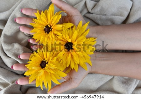 manicure and hand and flower