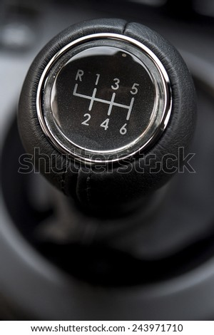 Manual 6 Speed Gearstick in a car - stock photo