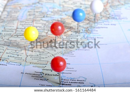 Map of eastern US with pin tacks on it placed on major cities - stock photo