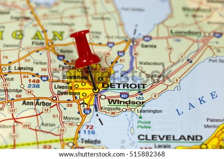 Map with pin point of Detroit in Michigan, USA