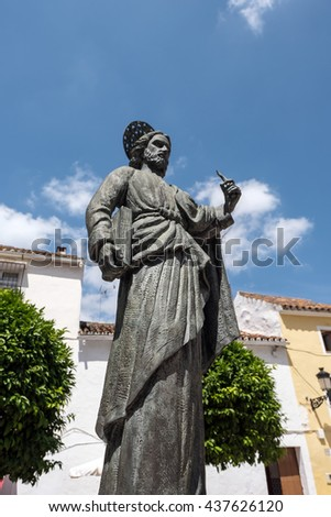 MARBELLA, ANDALUCIA/SPAIN - MAY 23 : Statue of Saint Bernard in the Plaza de la Iglesia Marbella Spain on May 23, 2016.