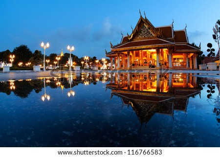Marble temple (Wat Benchamabophit Dusitvanaram) in Bangkok at twilight with reflection in a water