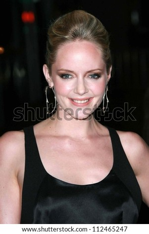 "Marley Shelton at the premiere of ""Entourage"" Season Three. Cinerama Dome, Hollywood, CA. 04-05-07"
