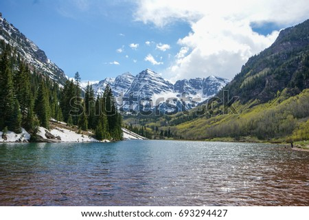 Maroon Bells and lakefront near Aspen, Colorado