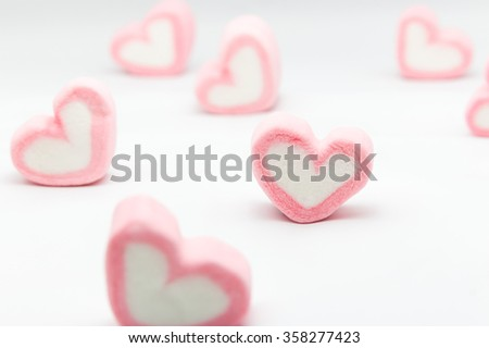 Marshmallow hearts valentine's day on white background