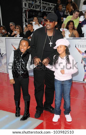 Martin Lawrence at the Los Angeles Premiere of 'This Is It'. Nokia Theatre, Los Angeles, CA. 10-27-09 - stock photo