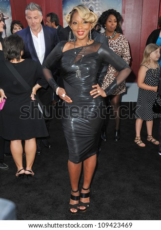 "Mary J. Blige at the world premiere of her new movie ""Rock of Ages"" at Grauman's Chinese Theatre, Hollywood. June 9, 2012  Los Angeles, CA Picture: Paul Smith / Featureflash"