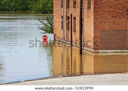 May 2010 The Cumberland River rises after two days of rainfall in Clarksville, TN