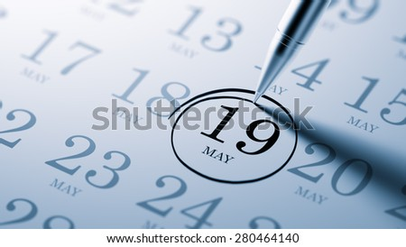 May 19 written on a calendar to remind you an important appointment.