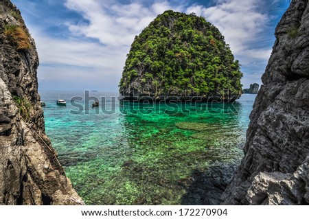 Maya Bay, Phi Phi island, Krabi, Thailand Perfect tropical bay, Asia. - stock photo