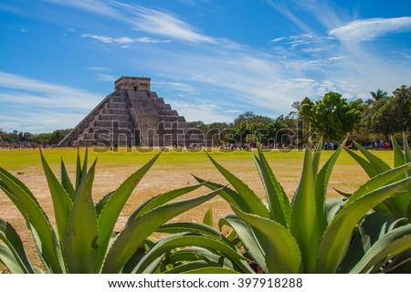 Mayan pyramid of Kukulcan El Castillo in Chichen Itza, Mexico - stock photo