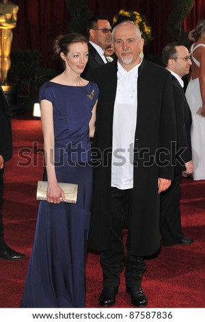 Meabh Flynn & Peter Gabriel at the 81st Academy Awards at the Kodak Theatre, Hollywood. February 22, 2009  Los Angeles, CA Picture: Paul Smith / Featureflash