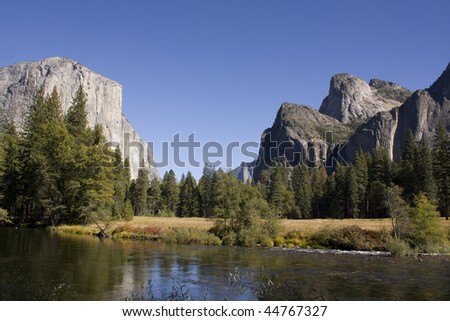 Meadow in Yosemite Valley, Yosemite National Park, California, USA