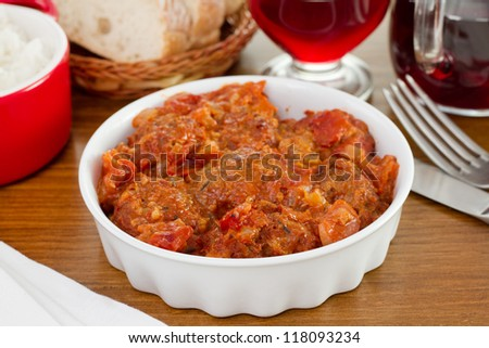 meatballs in tomato sauce with red wine