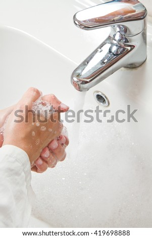 Medical cleanup - Washing hands