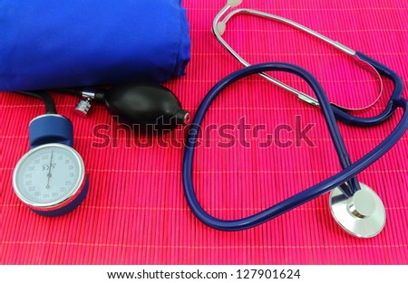 Medical sphygmomanometer, tensiometer, stethoscope