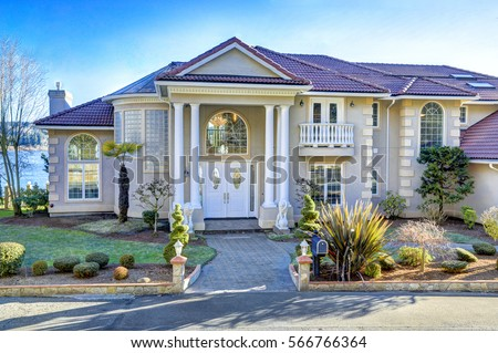 Mediterranean house stock images royalty free images for Mediterranean house features