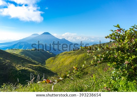 Merapi, Merbabu, Sumbing, Sindoro, Slamet summit view from prau mount