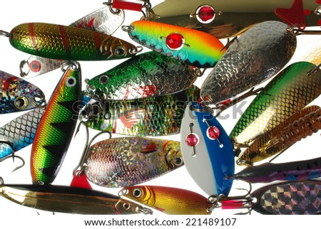 how to clean metal fishing lures