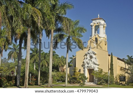 MIAMI FLORIDA 10 29 2012: Coral Gables Congregational Church is a historic church in Coral Gables, Florida USA. The church was designed by the architect Richard Kiehnel of Kiehnel and Elliott in 1923
